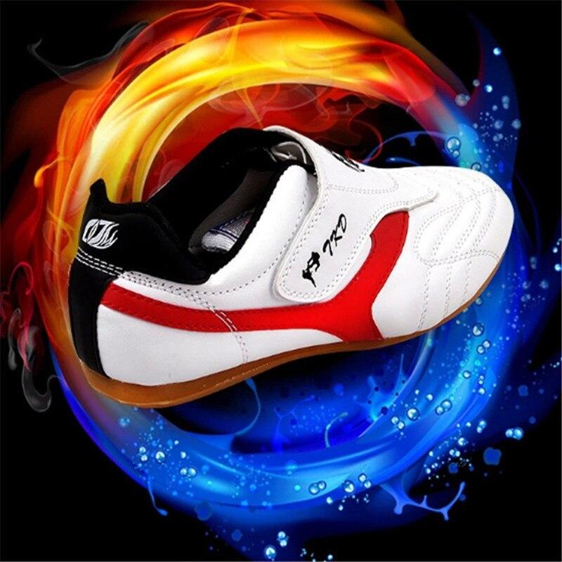 Новый Тхэквондо Обувь для детей Взрослых Benyue обувь дышащий Тапки Боевые искусства КАРАТЭ hapkidoTraining WTF крытый обувь ММА