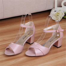 Woman square Heel Strap Sandals 2016 Fashion pu leather high heel gldiator sandals pink white summer women's pumps casual shoes