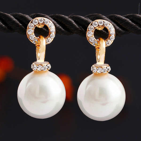 Trendy Stud Earrings for Women Imitation Pearls Gold Round Charm Brincos Female Crystal Hanging Earings Fashion Jewelry