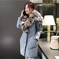 Mulheres Jaqueta de inverno Grande Gola de Pele De Guaxinim 2016 mulheres novo casaco de inverno para baixo algodão grosso quente bolsos moda casual brasão