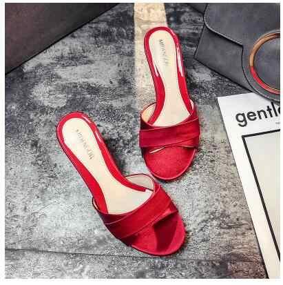 รองเท้าแตะ Summer2019 รองเท้าส้นสูงส้นสูงจัดเลี้ยงผ้าไหมและซาตินรองเท้าแตะเซ็กซี่ตกแต่งเข็มขัดรองเท้าแตะ 41 42 43 รองเท้าแตะขนาด