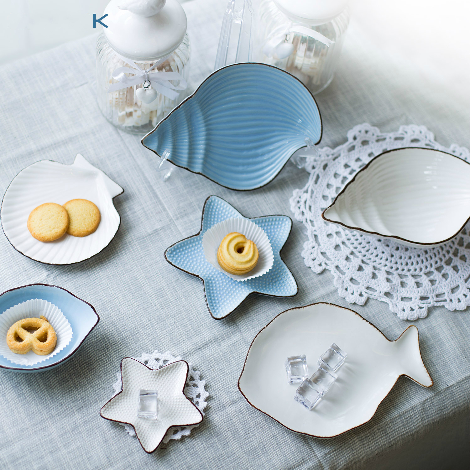 Creative tableware white seafood dishes ceramic butter for Fish shaped plates