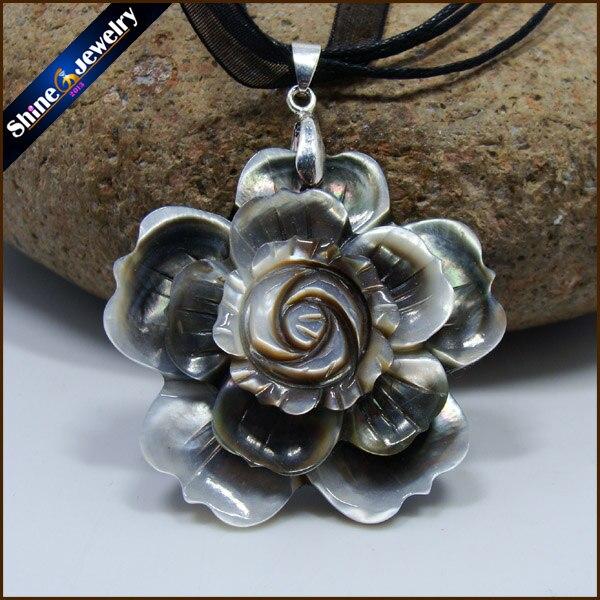 Collares nouveau noir naturel nacre coquillage sculpté à la main fleur collier pendentifs Vintage Bijoux femmes Bijoux BS095