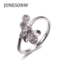 JUNESNOW 2017 HOT Fashion Flower-shaped Engagement Rings For Women Wedding silver Rings Austrian Crystal Jewelry ZY1009 недорого