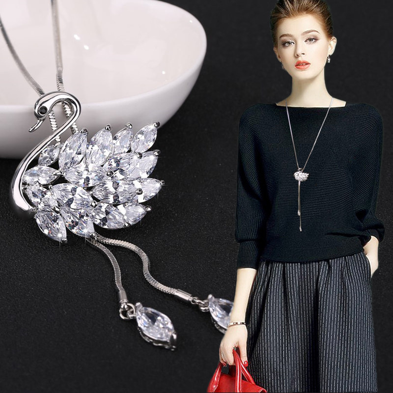 Hot Sale swan Snowflake Crystal Long Sweater Chain Circles Necklace Vintage Accessary Crystal pendant necklace Statement Jewlery
