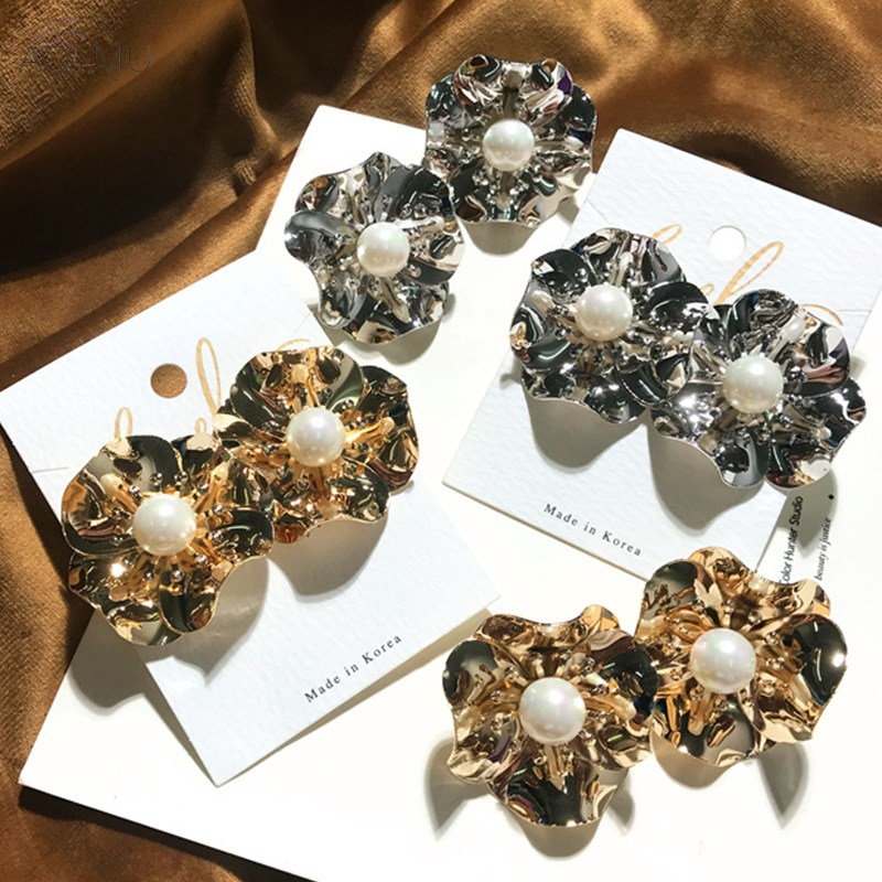US $3.43 14% OFF|AOMU 2018 New Design Prevent Allergy Pin Metal Gold Color Plated Rose Flower Pearl Ball Stud Earrings Fine Jewelry for Women-in Stud Earrings from Jewelry & Accessories on Aliexpress.com | Alibaba Group