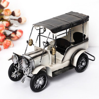 Retro Wecker Scale Model Metal Vintage Classic Car Model Wrought Iron Handicraft Old Car Model Tinplate