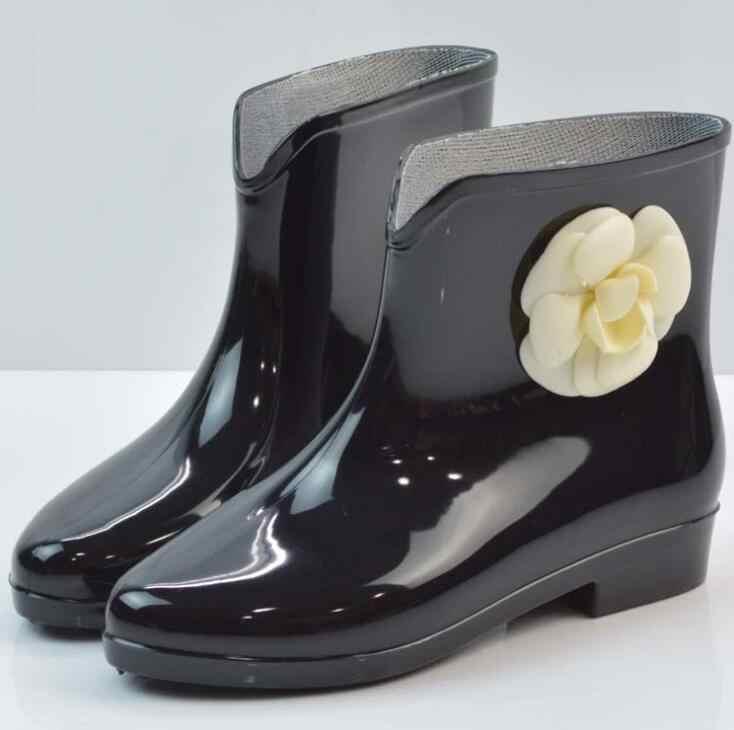 HUANQIU Moda yağmur çizmeleri Su Geçirmez Düz Ayakkabı Ile Kadın Yağmur Kadın Su Kauçuk Çiçek yarım çizmeler Kaliteli Botas Wyq149