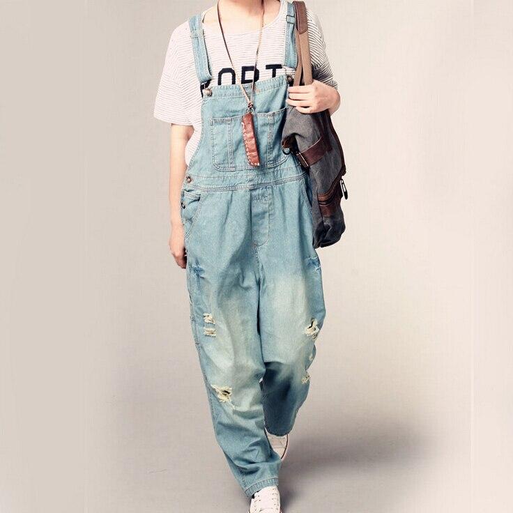 Novas Mulheres Macacão Jeans jumpsuit 2017 Primavera Outono Ocasional  Rasgado Buraco Calças Soltas Bolsos Das Calças de Brim Macacão Calças  Largas Macacão ... 9c9aac0e67