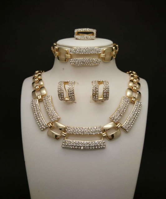 Allyssia-Gold-Plated-Jewelry-Set