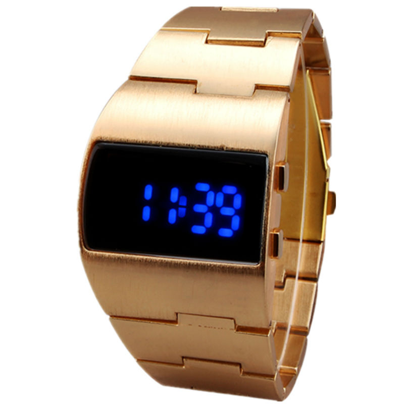 2018 Mænd Cool Iron Man Armbånd Luksus Golden Rustfrit Stål Band Blå Lights Fashion Military Digital Led Sportsure