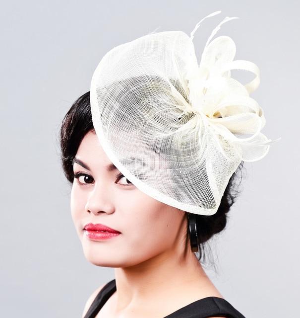 acd71e9d Elegante señoras marfil chapeau fascinator accesorios pinzas para el  cabello millinery múltiples colores pluma fiesta espectáculo cóctel  sombreros MD16007