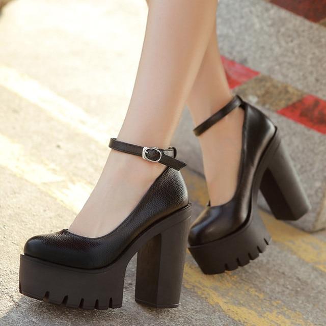 Free shipping 2017 new spring autumn casual high-heeled shoes sexy ruslana korshunova thick heels platform pumps Black and White
