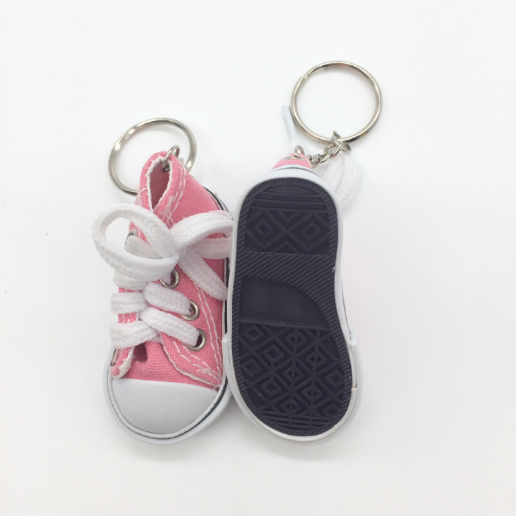 74ab2b3514ed Fashion Lot of 12 Mini Canvas Sneaker Tennis Shoe Chucks Keychain Party  Favors-in Party Favors from Home   Garden on Aliexpress.com