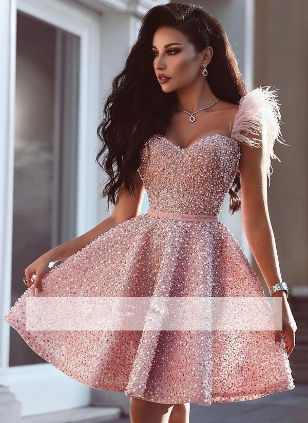 Pink 2019 Homecoming Dresses A-line Sweetheart Pearls Feather Short Mini Elegant Cocktail Dresses