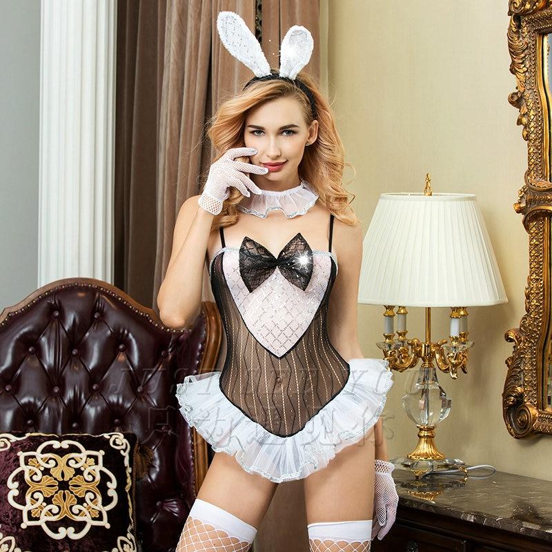 девушки в наряде зайчика порно