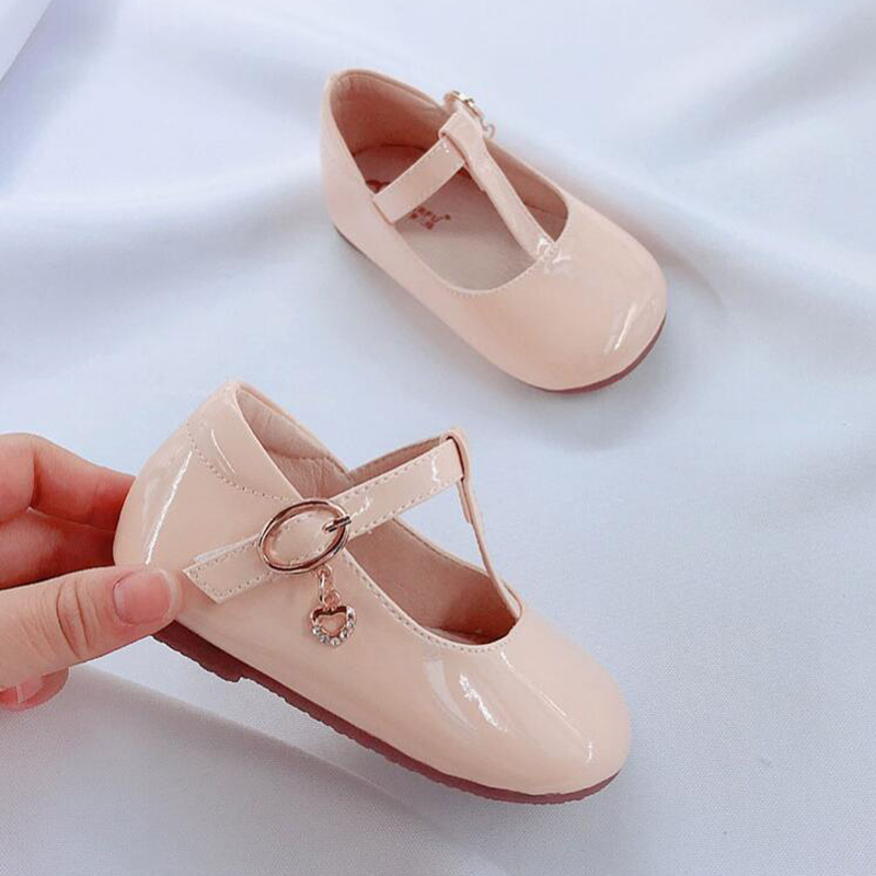 Image 4 - Fashion Girls Leather Shoes Candy Color Baby Girls Princess Shoes For Wedding Birthday Party Girls Patent Leather Shoes-in Leather Shoes from Mother & Kids