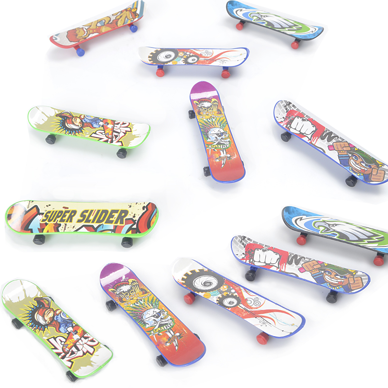 2pcs/lot Mini Finger Skateboards Unti-smooth Fingerboard Boys Toy Finger Skate Creative Boys Gills Novelty & Gag Toys Cool Gift