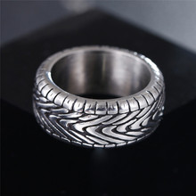 Vintage Punk Motorcycle Tire Rings for Men Antique Silver Stainless Steel Grooved Tread Ring for Women Steampunk Biker Jewelry simple style fashion feather wings couple ring punk biker jewelry silver black colors vintage rings for men women