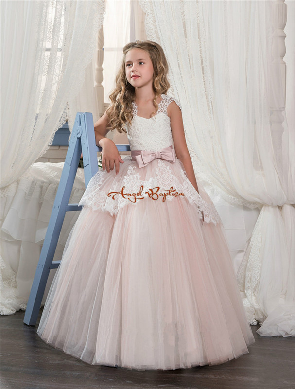 2017 New Arrival pink and white Lace ball gown Flower Girls Dresses appliques off the shoulder bow girls pageant dresses
