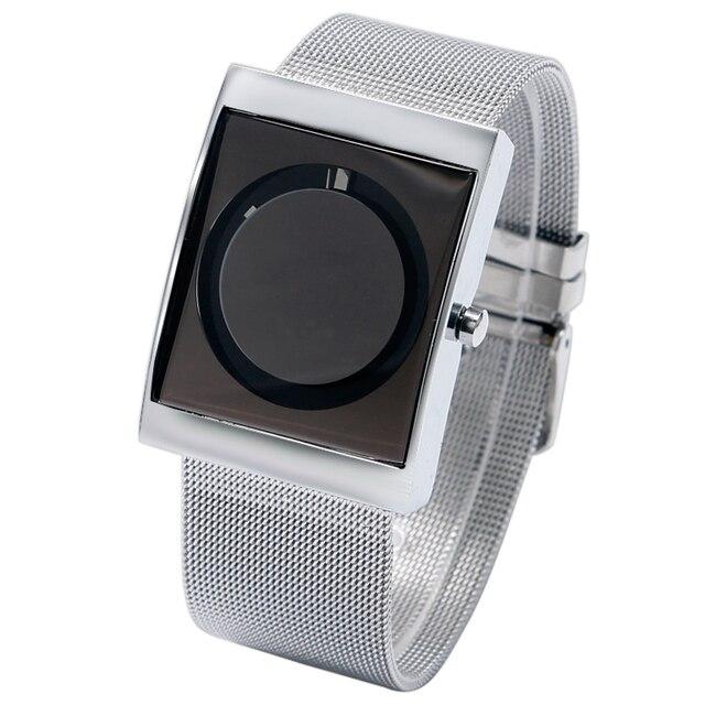 Luxury New Fashion Cool Unique Turntable Dial Men Quartz Wrist Watch Q0813