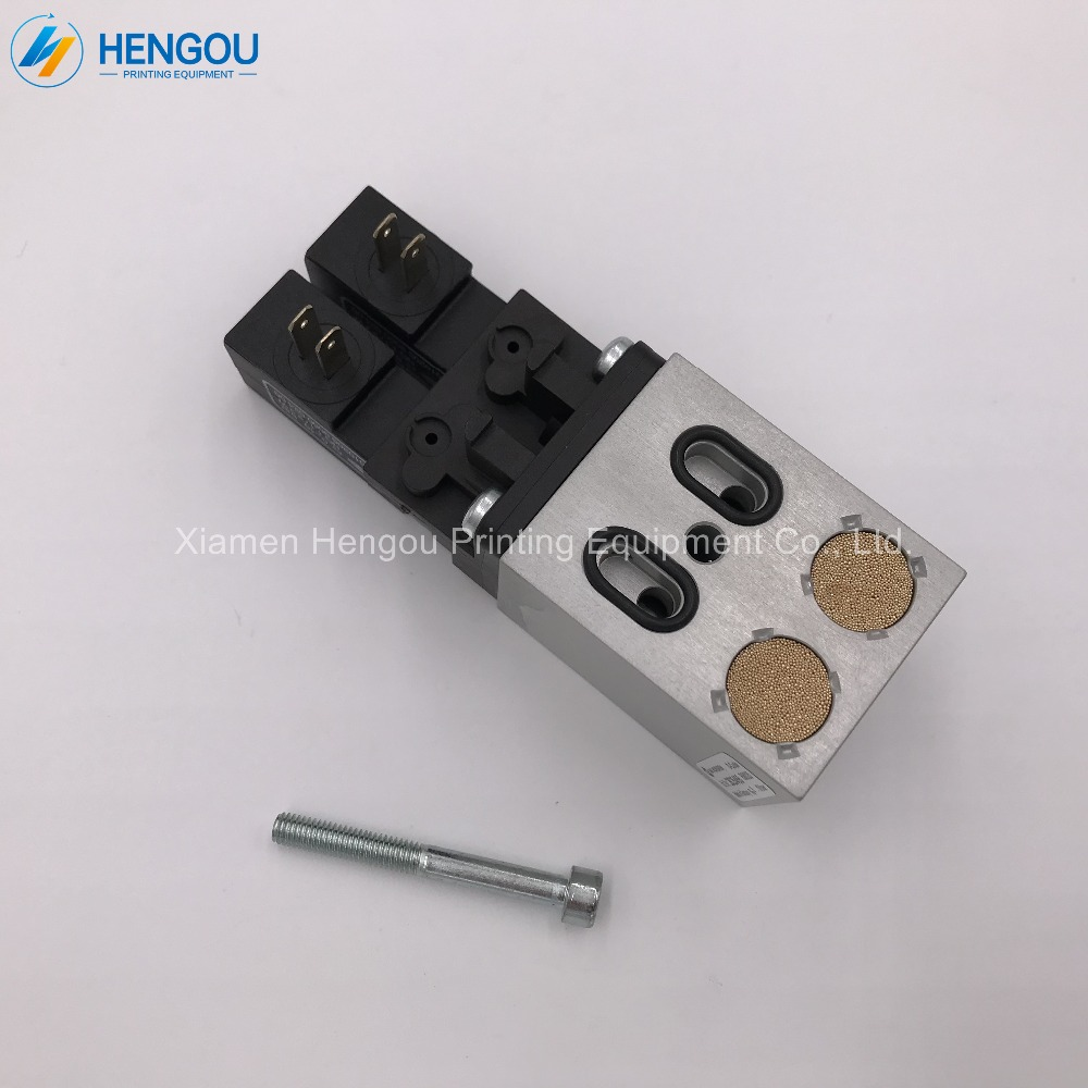 цена на 2 Pieces Free Shipping 2625455,093K801640 Roland valve,Roland 700 Machine Parts