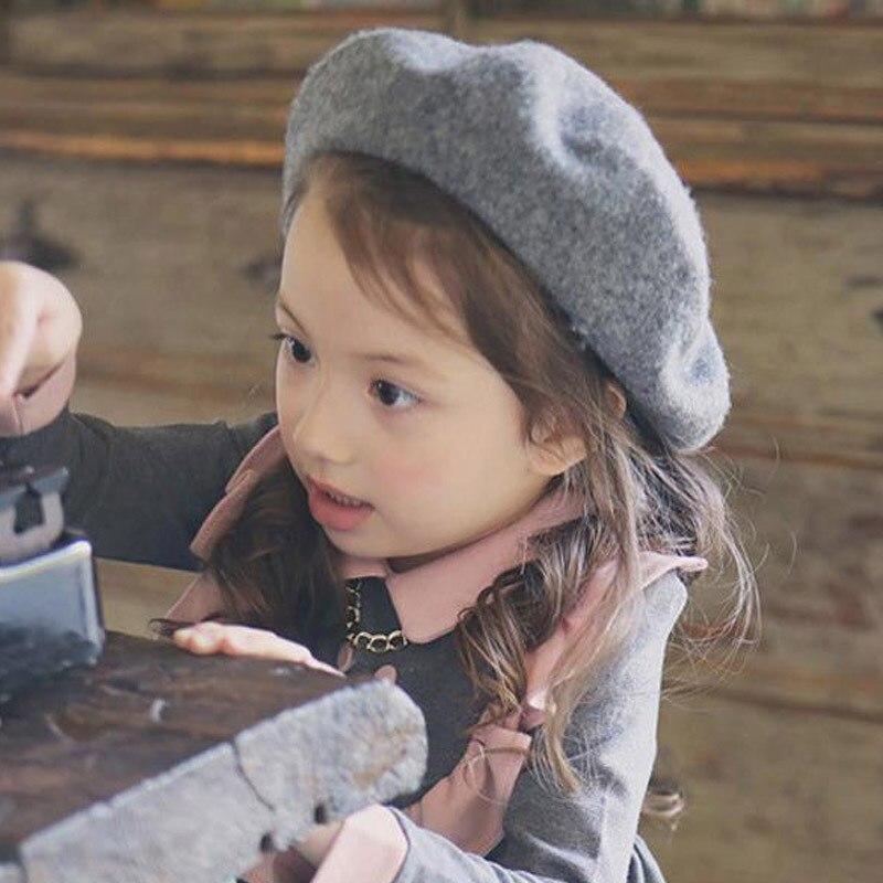 e8ee0fb7d904 16 Couleurs Fille Casquettes D hiver Pour Enfants Jolie Feutre De Laine  Béret Enfant Accessoires