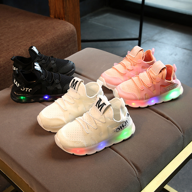 2018 LED fashion cool lighted kids shoes solid color flash glowing baby girls boys sneakers high quality children casual shoes2018 LED fashion cool lighted kids shoes solid color flash glowing baby girls boys sneakers high quality children casual shoes