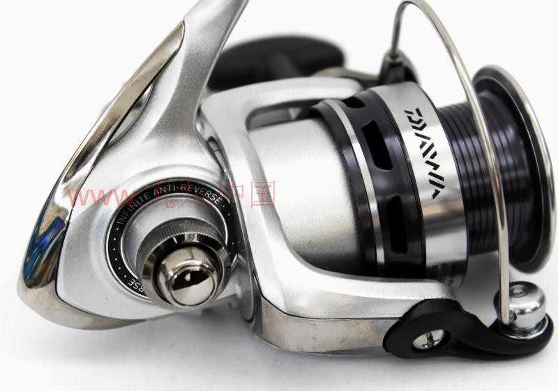 b94e3f85f88 ... 100% ORIGINAL BRAND NEW HIGH QUALITY DAIWA LAGUNA 2000-4000 5BI  SPINNING REEL FISHING ...