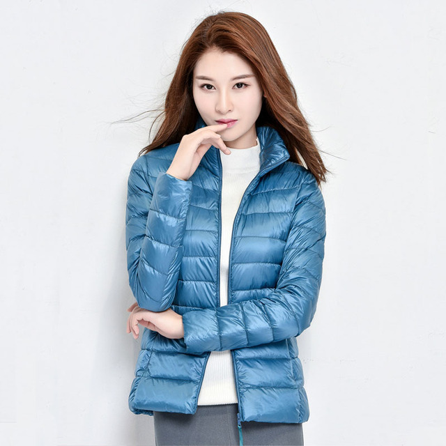 2017 New Women Winter Coat Fashion 90% White Duck Down Jacket Ultralight Portable Slim Down Coat Female Winter Jackets Parkas