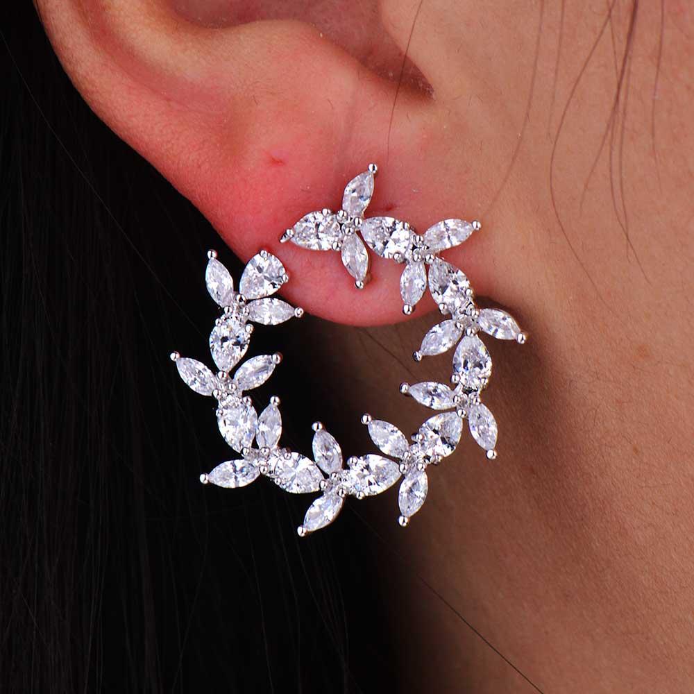 GODKI New Arrival Fashion Cubic Zirconia Brilliant Elegant Flower Stud Earrings for Women Size 1.8CM*1.8CMGODKI New Arrival Fashion Cubic Zirconia Brilliant Elegant Flower Stud Earrings for Women Size 1.8CM*1.8CM