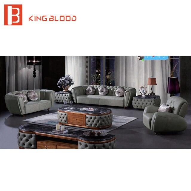 Por Clic Design Old Style Chesterfield Sofa