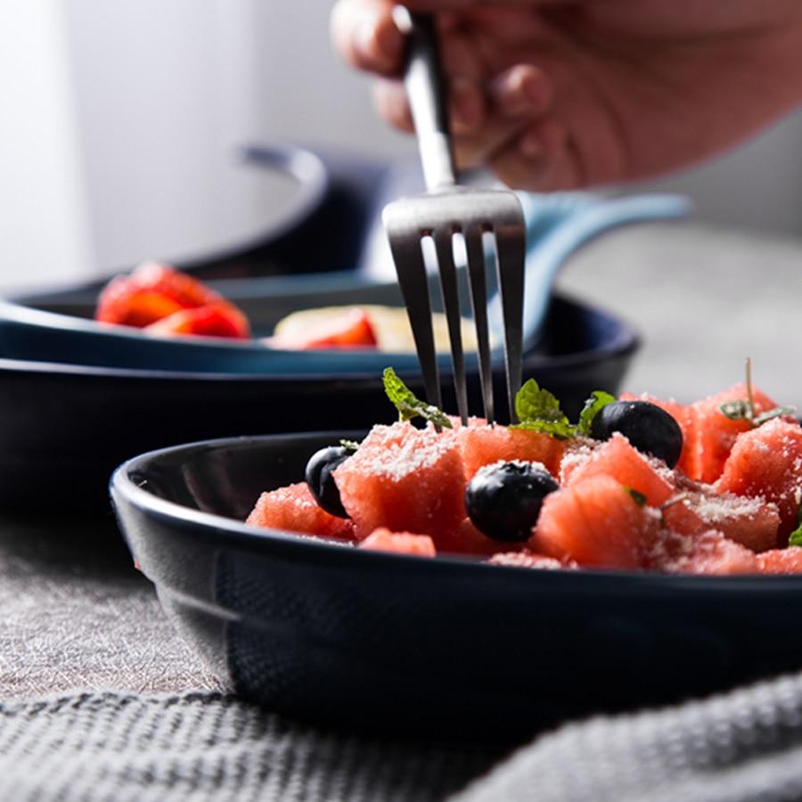 Muzity Ceramic Fish Dish Special Design Whale Shape Porcelain Dinner