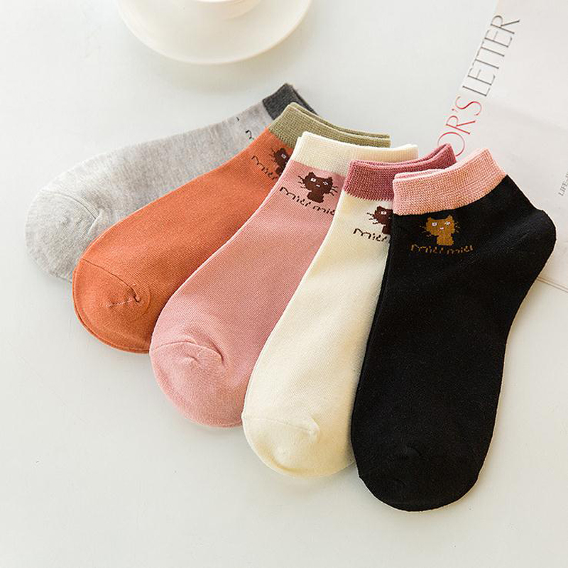 2017 New Spring And Summer Ladies Cotton Boat Socks Solid Color Cat Tide Low Cut Women Short Socks
