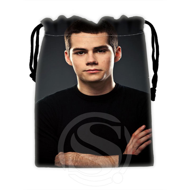 H-P702 Custom Dylan O'brien#1 Drawstring Bags For Mobile Phone Tablet PC Packaging Gift Bags18X22cm SQ00806#H0702