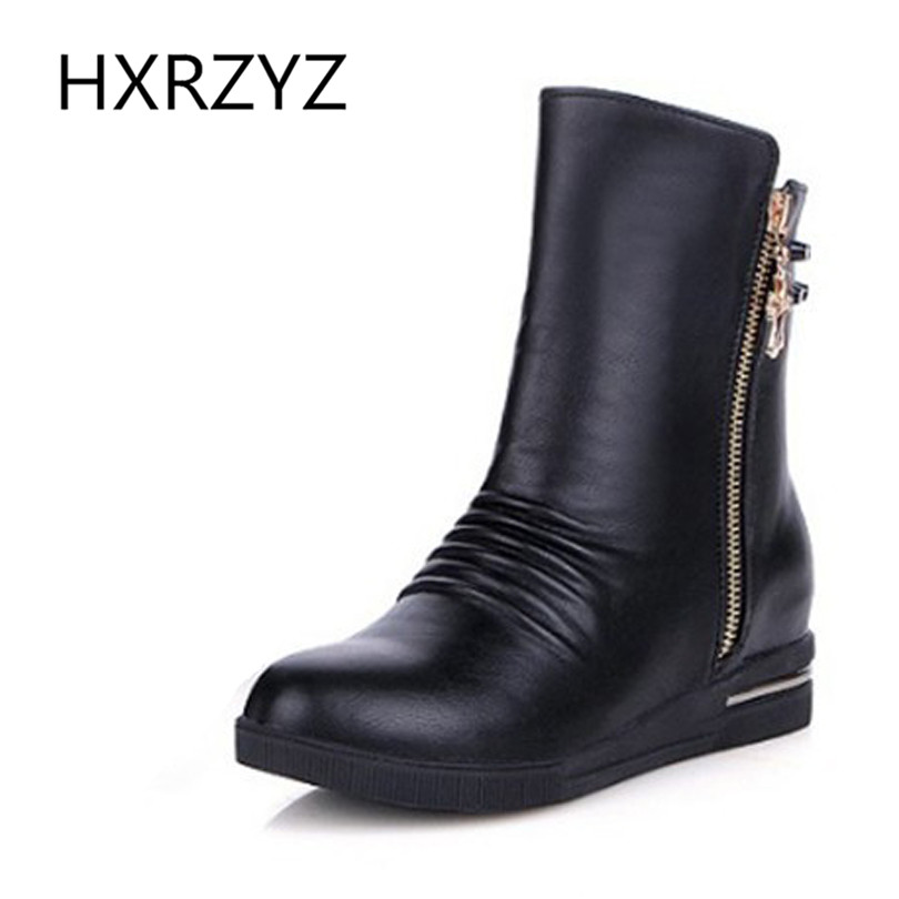 ФОТО Winter White Black Women Cotton Flat Shoes PU Leather Ankle Boots Inside Heighten Boots Fashion Side Zipper Rivet Martin Boots