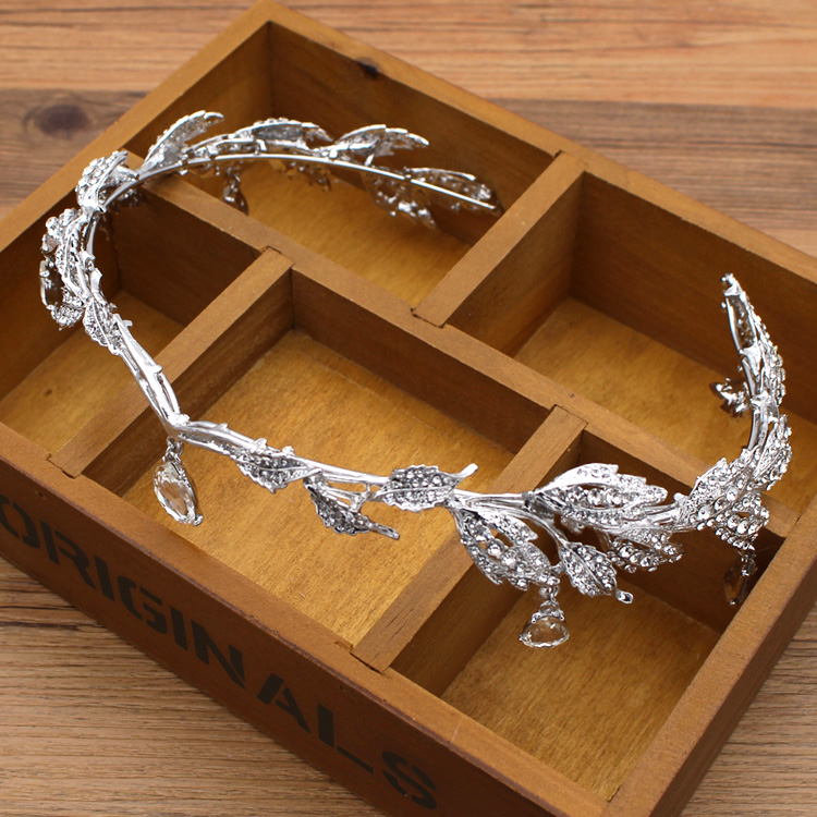 Krone berühmte Marke 3 Stück Kopfbedeckung + Ohrringe + Halskette - Modeschmuck - Foto 4