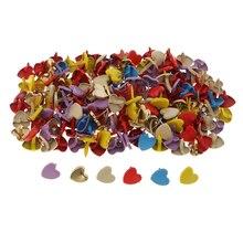 200x разные цвета сердце голова шплинт металлические брады бумажная застежка декоративные Брэда для скрапбукинга DIY ремесло украшения