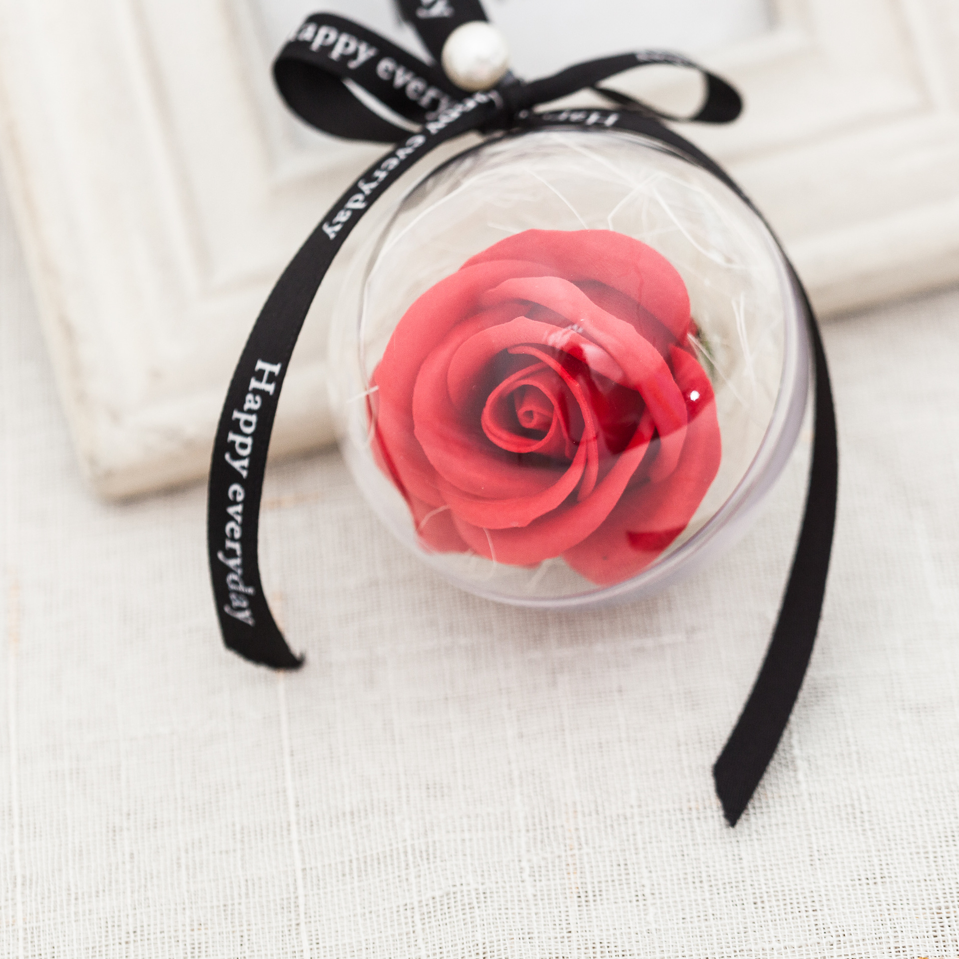 Christmas-Gifts Flowers Emulation Roses Plastic Wedding Lovers Girl Soap with Ball Car-Pendant