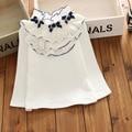 Белый Новых детских девушки хлопка майка девочка дна кружева рубашка Осень дети С Длинным Рукавом оборками лук футболка блузка Топы