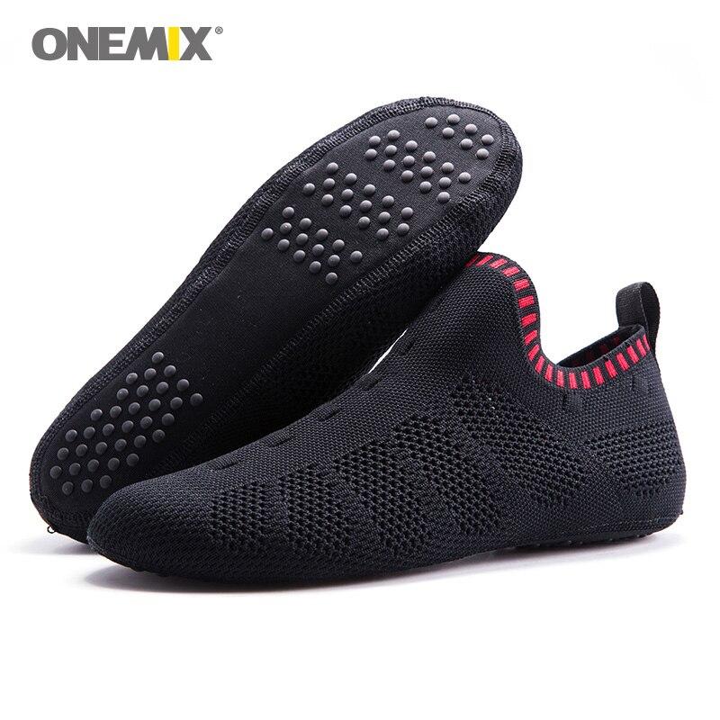 ONEMIX 2018 Для мужчин Aqua носок туфли Для женщин быстросохнущая Прогулки Кроссовки Крытый йога спортивной обуви открытый болотных вверх по тече...