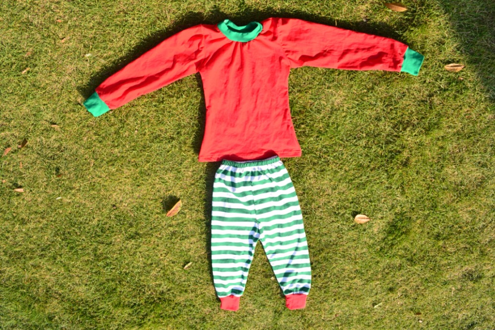 New Super Cute Christmas Pajamas Santa Stripe pajamas kids O-neck Infant Sleepwear design kids autumn pyjamas sets