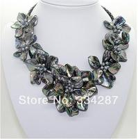 Natural pearl black black shell mother of pearl 7 flower pendant necklace