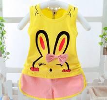 La ropa del bebé fijó 2017 Verano de dibujos animados conejo chaleco Top +  Pantalones cortos Niño niña verano sin mangas Sets Ni. 003b0a46ea99