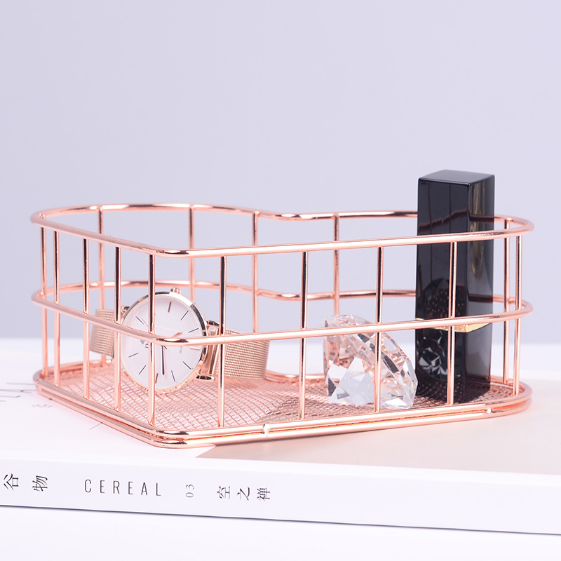 Iron Art Makeup Organizer Rose Gold Heart Shaped Makeup Storage Basket Dressing Table Organizer Makeup Cosmetic Organizer Box