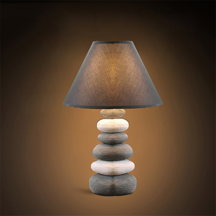 hot sale online d9768 07a89 US $48.58 10% OFF Chinese Porcelain Lamp Led Table Lamp bedroom bedside  light Nordic Creative Fashion lovely Table Light bedside Lamp Desk Light-in  ...