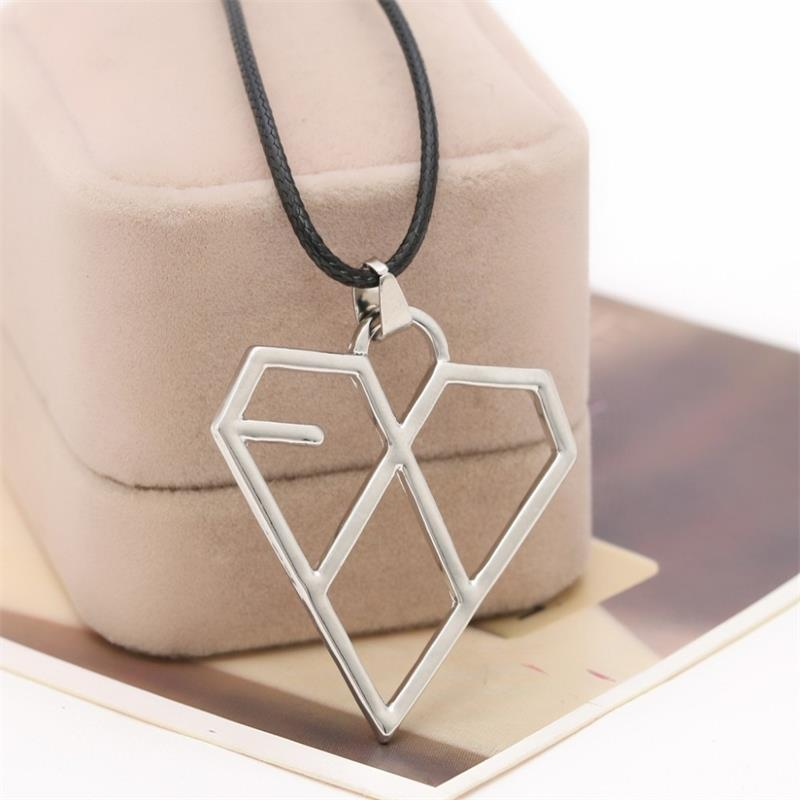 Foreign selling Korean star with money EXO combination of heart-shaped pendant necklace