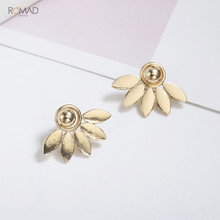 Romad 1 Pair Charm Flower Ear Stud Fashion Metal Silver Stud Earrings For Women Girl Wedding Party Earrings Jewelry 2019 W3 цена