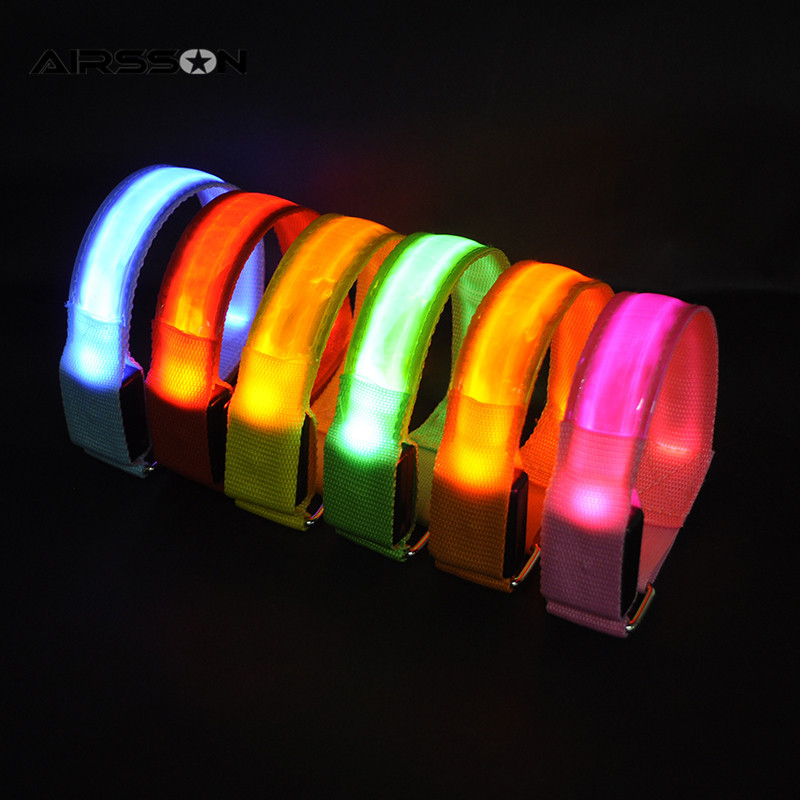 HTB1Ns07NVXXXXXkXpXXq6xXFXXXS Outdoor Sports Night Running Armband Led Light Safety Belt Arm Leg Warning Wristband Cycling Bike Bicycle Party luces bicicleta
