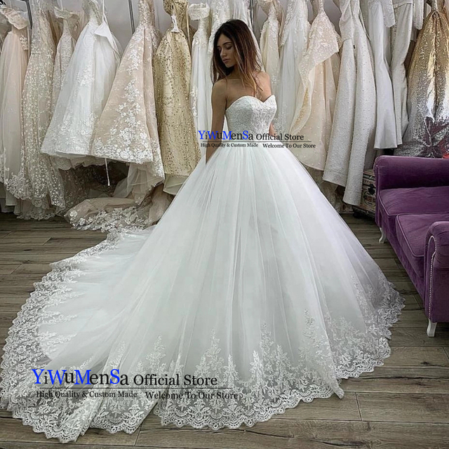 Strapless White Wedding Gowns Lace Appliqued Wedding Dress Ball Gown Elegant Bridal Dresses Robe De Mariee 2019 vestido de noiva